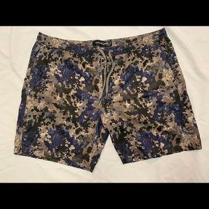 Treasure &Bond Short